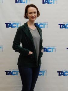 Victoria Mack as Muriel O'Neill/Clarabelle Cobb